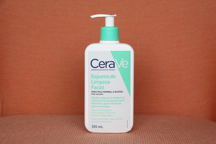espuma de limpeza facial cerave