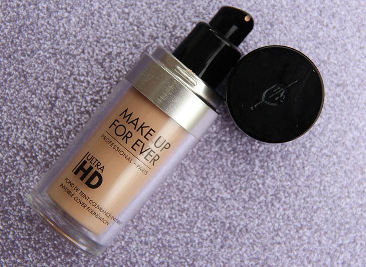 Resenhas em todos os tipos de pele: base Ultra HD Make Up For Ever