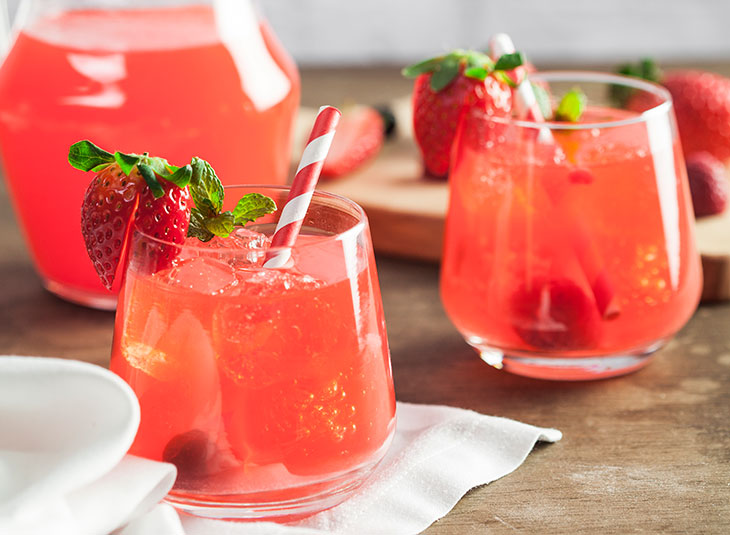 Drinks com vodka: strawberryoska