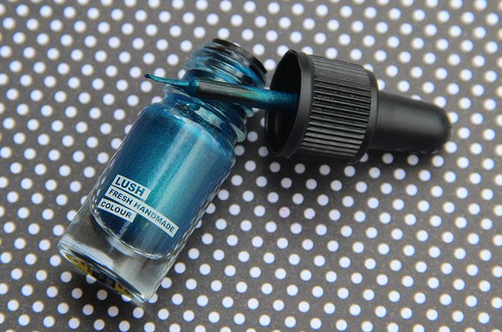 delineador líquido lush